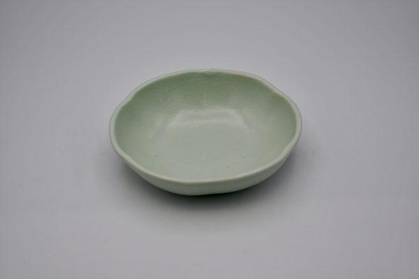 花形鉢(薄グリーン)