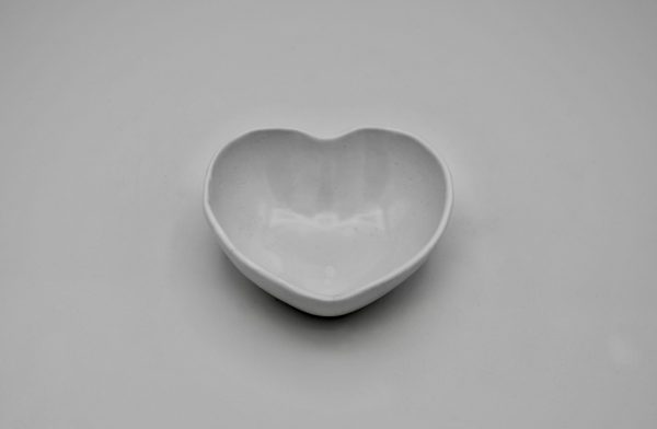 ハート型小鉢(白)